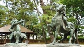 Kawanakajima_Takeda_Shingen_vs_Uesugi_Kenshin_statue.jpg