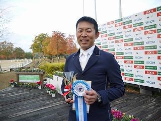 雨の2日目・・全日本障害馬術大会の予選結果は!?